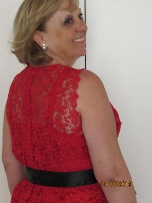 Vestido corto en guipur
