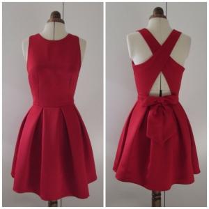 Vestido raso rojo espalda cruzada