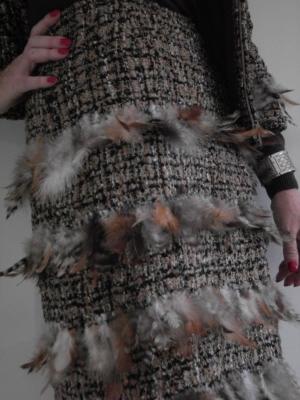 Vestido chanel plumas