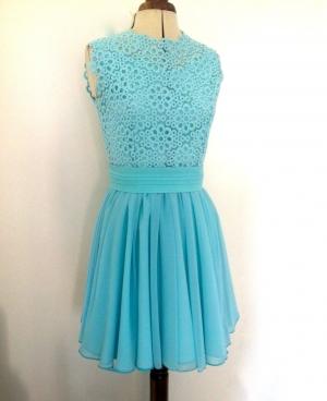 Vestido corto azul agua