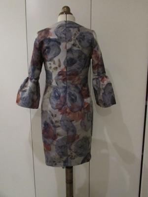 vestido brocado